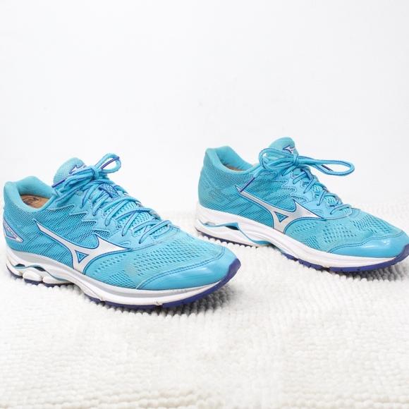 mizuno shoes for sale